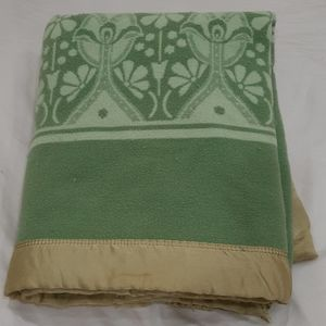 Green wool blend blanket 66 by 81 inches